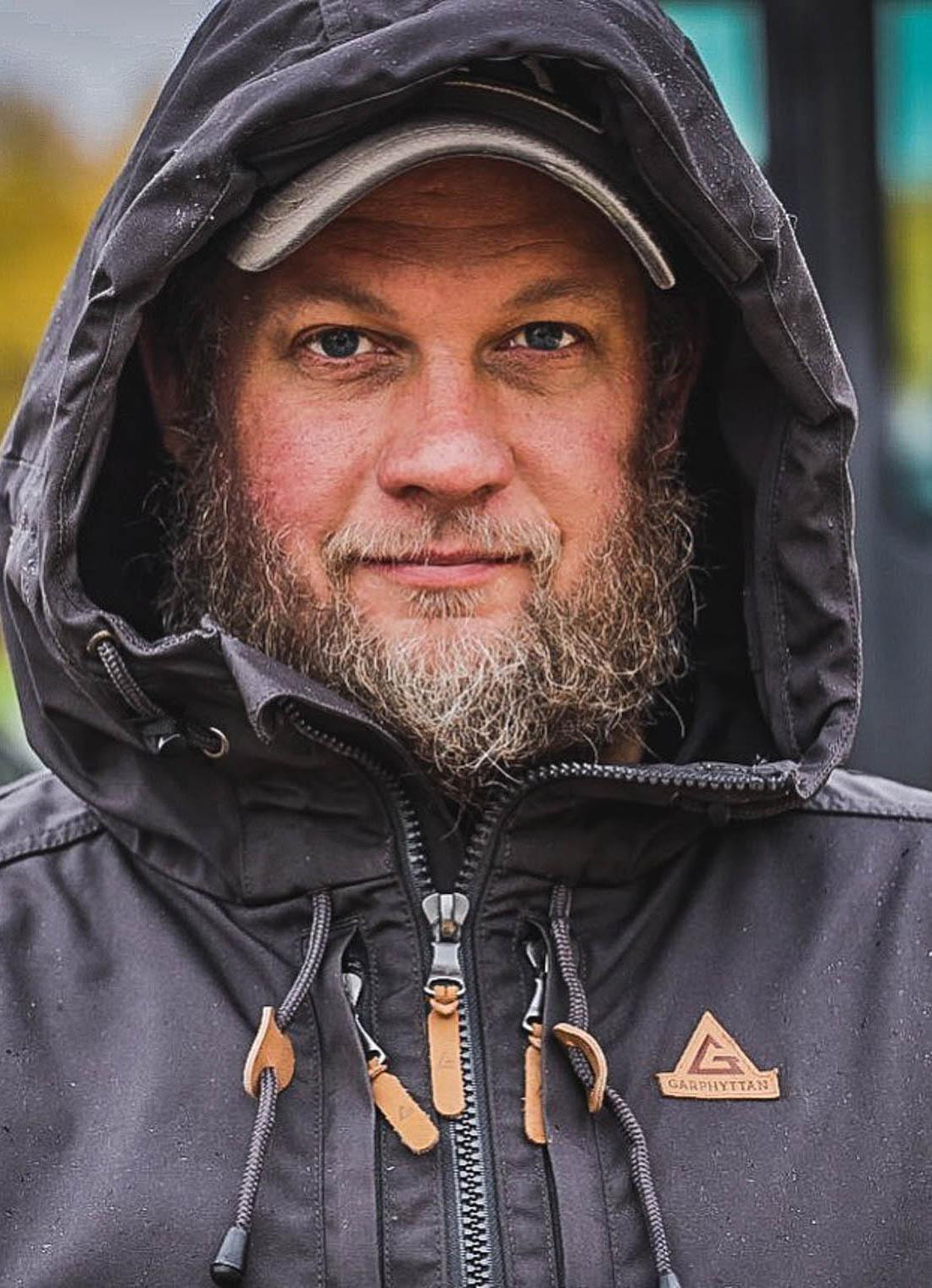 Portrett av entreprenør og snekker Isak Stålenhag